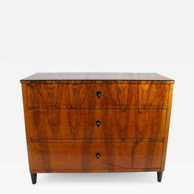 Biedermeier Commode Chest of Drawers Walnut Veneer South Germany circa 1830