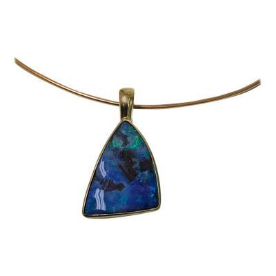 Black Opal 18 Karat Pendant 20th Century