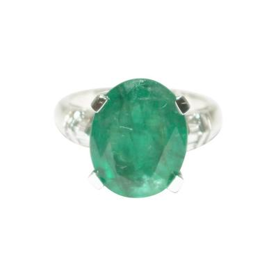 Bold 9 CT Natural Colombian Emerald and Diamond Ring in 18KT Gold