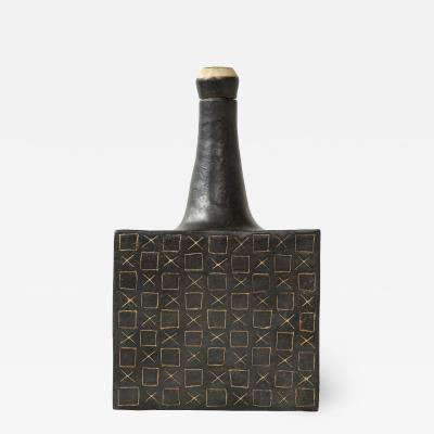 Bruno Gambone Black square ceramic vessel by Bruno Gambone