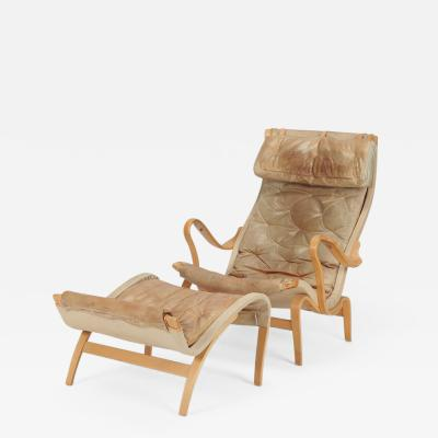 Bruno Mathsson Bruno Mathsson Pernilla Armchair with Ottoman Leather