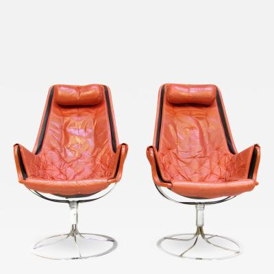 Bruno Mathsson Pair of 1970s Jetson Swivel Lounge Chairs in Leather by Bruno Mathsson