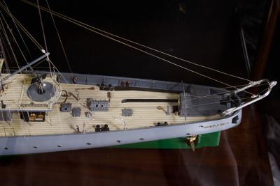 Builders Dockyard Model of the ACACIA Class Sloop H M S HONEYSUCKLE of 1915