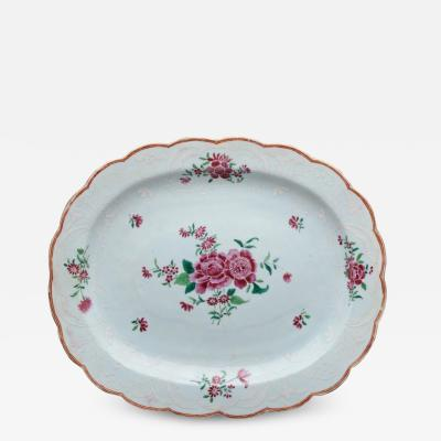 CHINESE EXPORT PORCELAIN SCALLOPED PLATTER