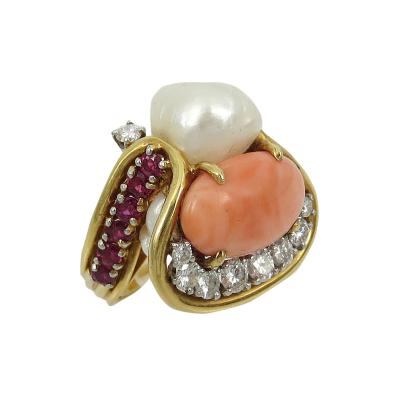 CORAL PEARL DIAMOND AND RUBY ARTSY RING 18KT