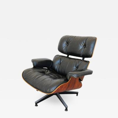 Charles Eames 670 Lounge Chair by Charles and Ray Eames for Herman Miller