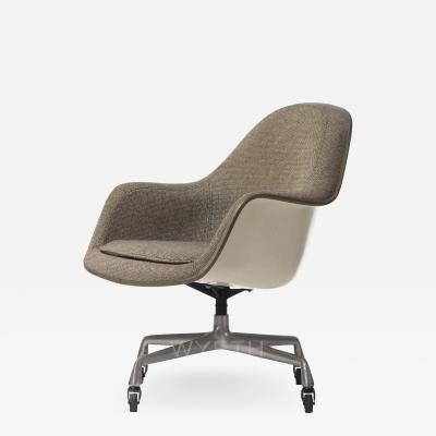 Charles Eames CHARLES EAMES HIGHBACK SHELL CHAIR
