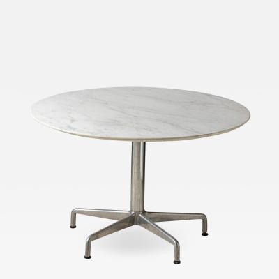 Charles Eames Charles Eames for Knoll round Segmented dining table circa 1964