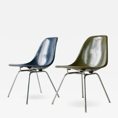 Charles Eames Pair of Charles Eames Shell Chairs with Lounge Base