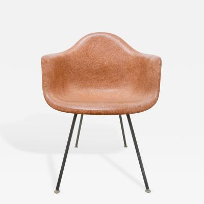 Charles Ray Eames All Original 1950s Eames DAX H Base Shell Chair