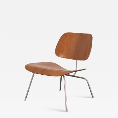 Charles Ray Eames Eames LCM in Walnut