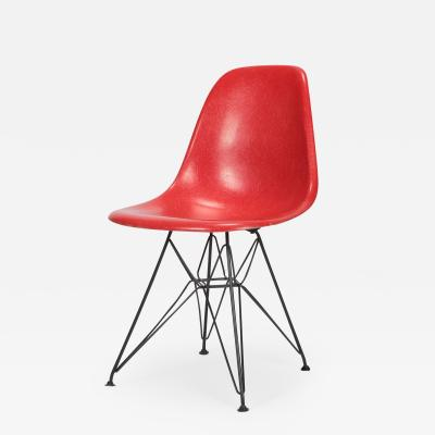 Charles Ray Eames Eames Side Chair Eiffel Tower red