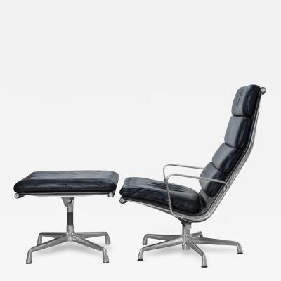 Charles Ray Eames Eames Soft Pad Lounge Chair in Leather by Charles Ray Eames for Herman Miller
