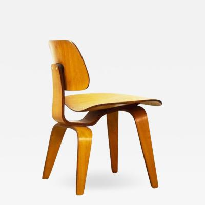 Charles Ray Eames Early DCW Chair by Charles and Ray Eames