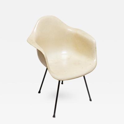 Charles Ray Eames Original 1950s Eames DAX iron X Base Shell Chair Zenith Plastics