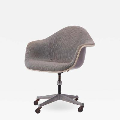 Charles Ray Eames Swivel Chair with Casters by Ray Charles Eames for Herman Miller US 1960s