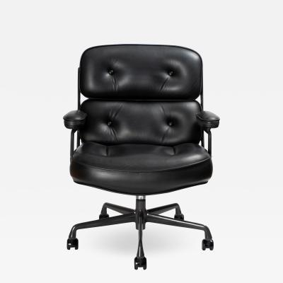 Charles Ray Eames Time Life Executive Chair in Leather by Charles Ray Eames for Herman Miller