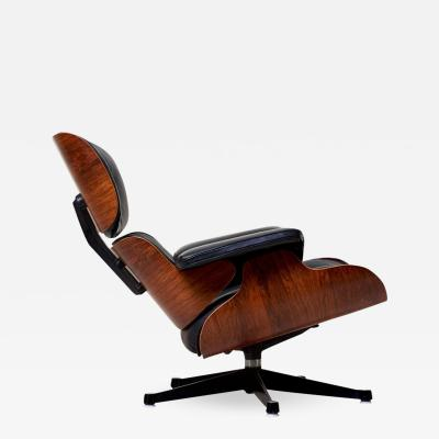 Charles and Ray Eames Classic Lounge Chair by Ray and Charles Eames for Herman Miller 1970s