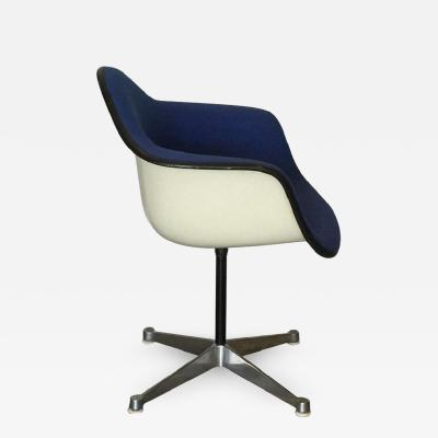 Charles and Ray Eames Molded Swivel Armchair by Charles and Ray Eames