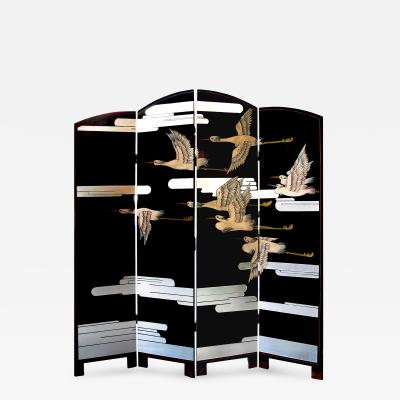 Chic American Art Deco Lacquered Screen Depicting a Soaring Flock of Birds