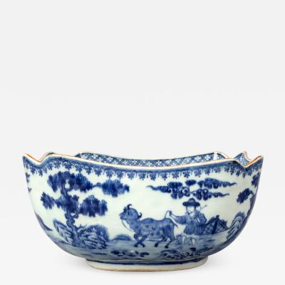 Chinese Blue and White Porcelain Salad Bowl