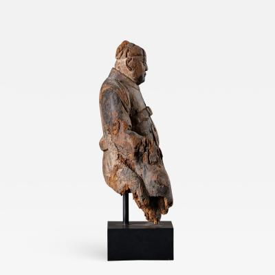 Chinese carved wood seated warrior 17th 18th century