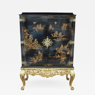 Chinoiserie Bar Cabinet with Giltwood
