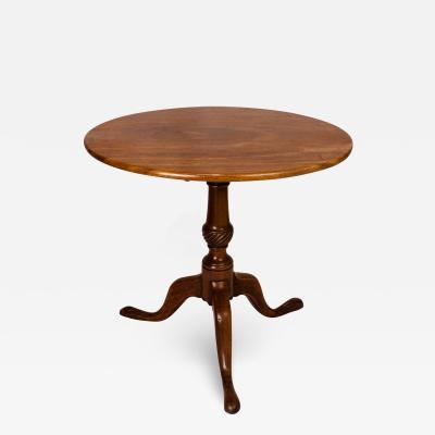 Circa 1780 Queen Anne Mahogany Tilt Top Table England