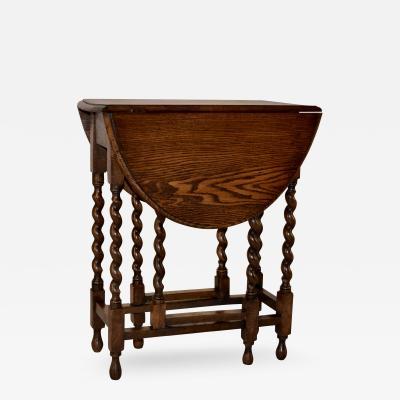 Circa 1900 English Gateleg Table