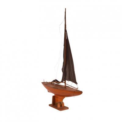 Circa 1920 Pond Yacht England