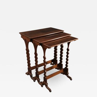 Classical Nesting Tables