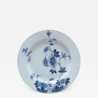 DELFT CHARGER WTIH FLORAL DECORATION