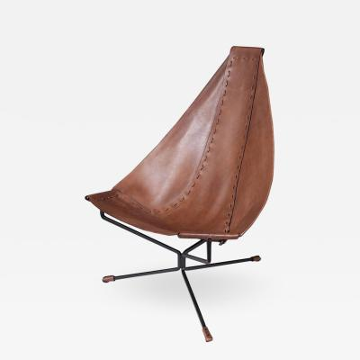 Dan Wenger Enclosed Lotus Lounge Chair by Dan Wenger in Leather and Steel