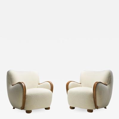 Danish Cabinetmaker Armchairs with Curved Armrests Denmark 1940s