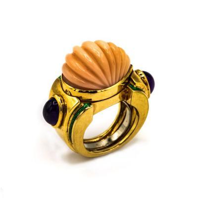 David Webb David Webb 18K Gold Coral Amethyst Green Emerald Ring