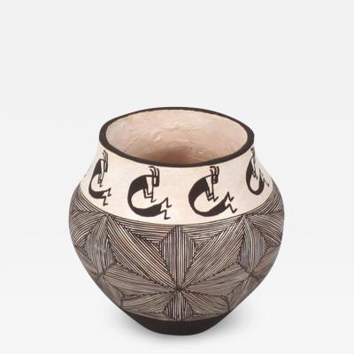 Delores Aragon Acoma miniature seed jar by Delores Aragon