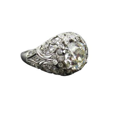 EDWARDIAN PLATINUM DIAMOND ENGAGEMENT OR COCKTAIL RING