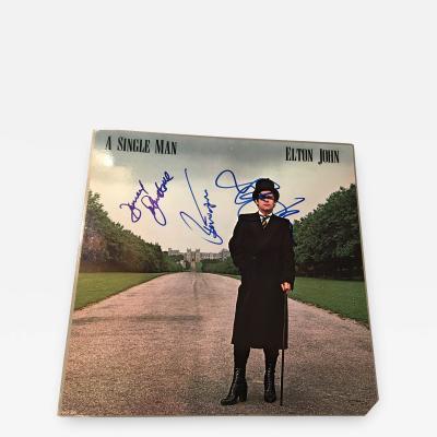ELTON JOHN A SINGLE MAN AUTOGRAPHED ALBUM COVER