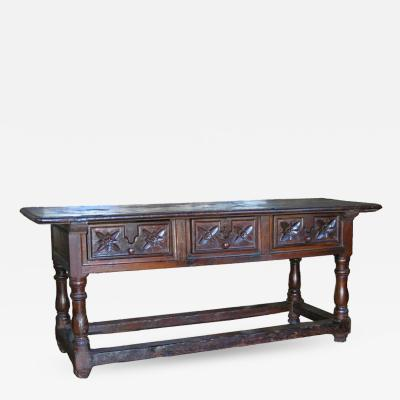 Early 18th Century Walnut Baroque Table