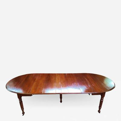 Early 19th Century American Cherry Extendable Dining Table
