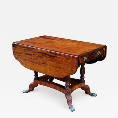 Early 19th Century American Federal New York Mahogany Drop Leaf Table