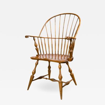 Early 19th Century Knuckle Arm Windsor Chair