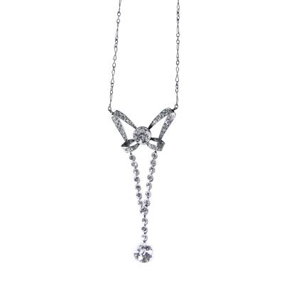Early 20th Century Diamond and Platinum Pendant Necklace