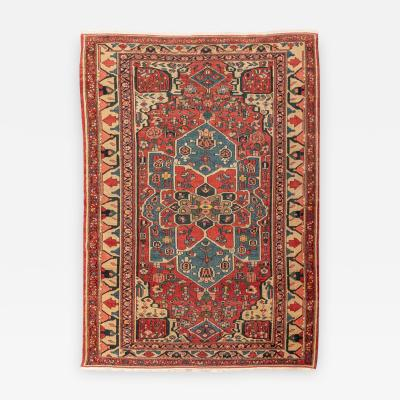 Early 20th Century Persian Wool Rug Serapy Rossette Desing circa 1900