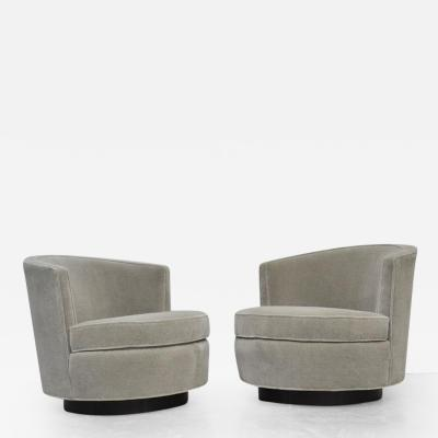 Edward Wormley Early Pair of Swivel Chairs by Edward Wormley for Dunbar