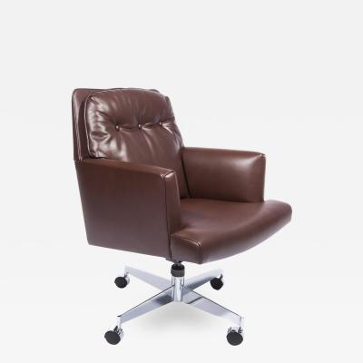Edward Wormley Edward Wormley Office Chair in Leather with Chrome Base 1960s