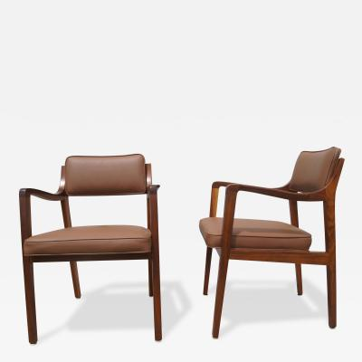 Edward Wormley Pair of Leather and Walnut Armchairs by Edward Wormley for Dunbar