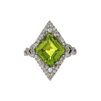 Edwardian Gold and Platinum Peridot Ring