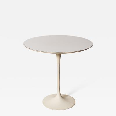 Eero Saarinen Early Eero Saarinen Round Tulip Side Table Knoll Model 160 USA 1957