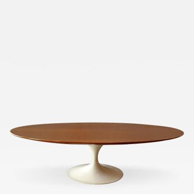 Eero Saarinen Early Oval Eero Saarinen Coffee Table for Knoll